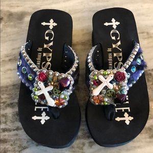 f1048a38d Gypsy Soule Shoes - Gypsy soule flip flops
